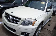 Selling 2010 Mercedes-Benz GLK automatic in good condition at price ₦6,400,000