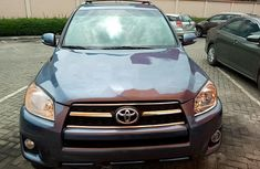Selling 2009 Toyota RAV4 suv / crossover automatic in Lagos