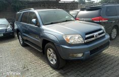 Need to sell high quality blue 2005 Toyota 4-Runner automatic at price ₦2,650,000