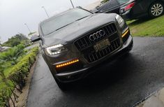 Very Clean Nigerian Used Audi Q7 2012 Grey/Silver