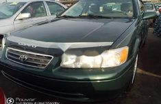 Sell used green 2000 Toyota Camry automatic at price ₦1,500,000