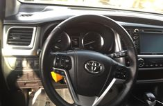 Clean Tokunbo Used  Toyota Highlander 2016 Model