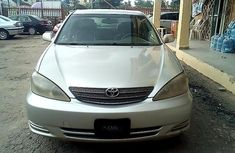 Clean Nigerian Used Toyota Camry 2002 Grey/Silver