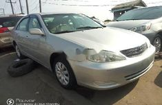 Best priced used grey/silver 2004 Toyota Camry automatic in Lagos