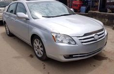 Super Neat Foreign Used Toyota Avalon 2006