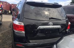 Neat Foreign used 2013 Toyota Highlander Automatic Petrol well maintained