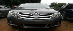 Need to sell high quality grey/silver 2014 Toyota Venza automatic