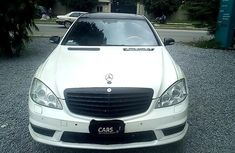 Very Neat Nigerian Used Mercedes-Benz S500 2007