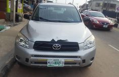 Need to sell high quality 2008 Toyota RAV4 suv / crossover automatic in Lagos