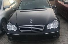 Sell used black 2007 Mercedes-Benz C230 sedan automatic in Lagos