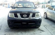 Need to sell high quality black 2005 Nissan Pathfinder automatic