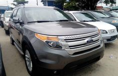 Best priced used grey/silver 2011 Ford Explorer automatic