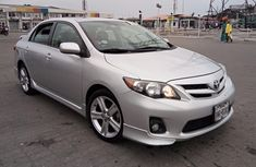 Tokunbo 2013 Toyota Corolla S Silver
