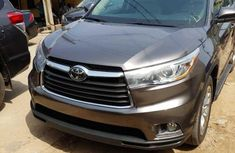 Grey/silver 2014 Toyota Highlander for sale at price ₦12,500,000