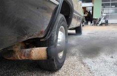 How to silence a noisy car exhaust