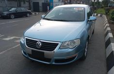 Need to sell cheap used blue 2006 Volkswagen Passat automatic