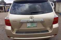 Very Neat Nigerian Used Toyota Highlander 2008