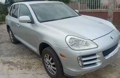 Clean Foreign used Porsche Cayenne 2009
