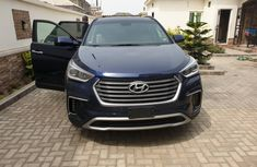 Neat Foreign Used Hyundai Santa Fe 2017