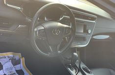 Neat Foreign used 2013 Toyota Avalon