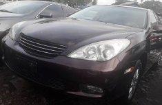 Neat Tokunbo Used  Lexus ES 2003