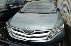 Neat Foreign used 2011 Toyota Venza