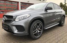 Neat Foreign used Mercedes-Benz GLE 2018