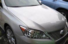Clean Tokunbo Used  Lexus ES 2010