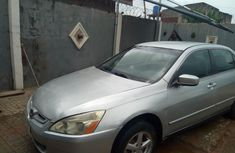 Neat Nigerian used Honda Accord 2004