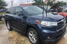 Very Clean Foreign used Toyota Highlander 2014