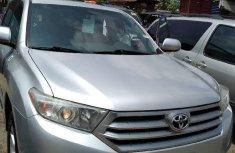 Clean Tokunbo Used  Toyota Highlander 2013