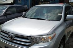 Very Clean Foreign used Toyota Highlander