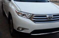 Very Clean Foreign used Toyota Highlander 2011