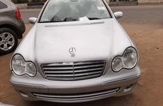 Clean Tokunbo Used Mercedes-Benz C240 2007