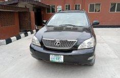 Neat Nigerian used Lexus RX 2006