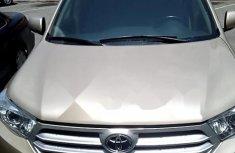 Clean Nigerian Used Toyota Highlander 2013