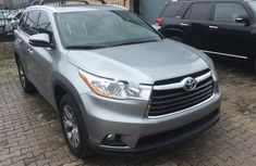 Super Clean Foreign used Toyota Highlander