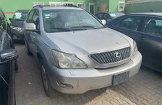 Neat Nigerian used Lexus RX 2007