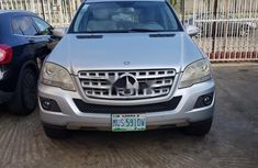 Clean Nigerian Used  Mercedes-Benz ML350 2009