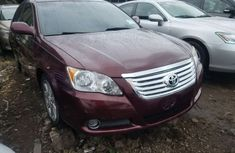 Neat Foreign used 2008 Toyota Avalon