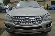 Neat Foreign used Mercedes-Benz ML350 2008 Model