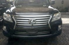 Neat Nigerian used 2014 Lexus LX