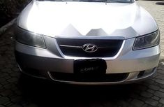 Neat Nigerian used Hyundai Sonata 2007