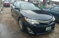 Neat Domestic used 2013 Toyota Camry