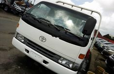Super Clean Foreign used Toyota Dyna 2006
