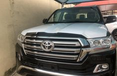 Clean Tokunbo Used Toyota Land Cruiser 2019