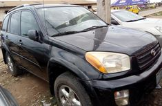Super Clean Nigerian used 2001 Toyota RAV4