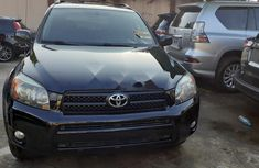 Neat Foreign used 2007 Toyota RAV4