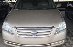 Super Clean Foreign used Toyota Avalon 2007