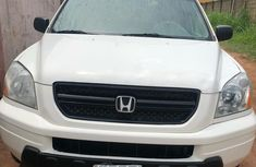 Neat Nigerian used 2004 Honda Pilot for sale